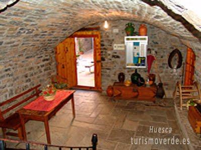 TURISMO VERDE HUESCA. Casa Dueso de El Pueyo de Araguás